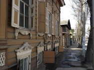 Wooden architecture and large dusty streets all feels a bit wild west. In terms of Russia this was the wild east